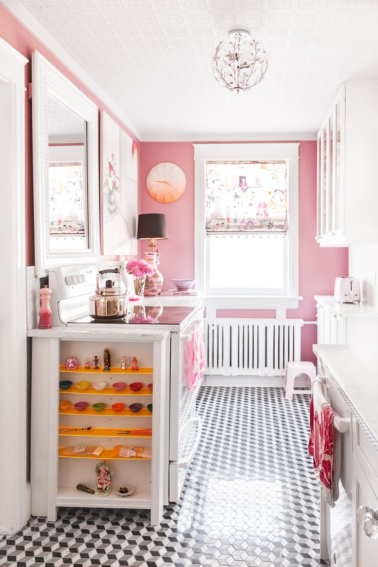 Best 25+ Pink kitchens ideas on Pinterest | Pink diy kitchens ...
