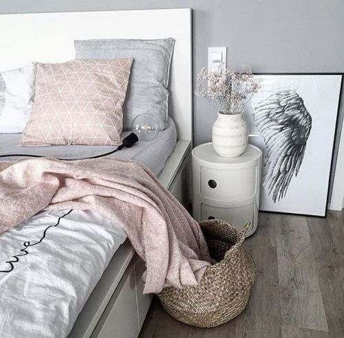 Feminine Bedroom I N T E R I O R D E S I G N Pinterest Pictures Instagram And Glow