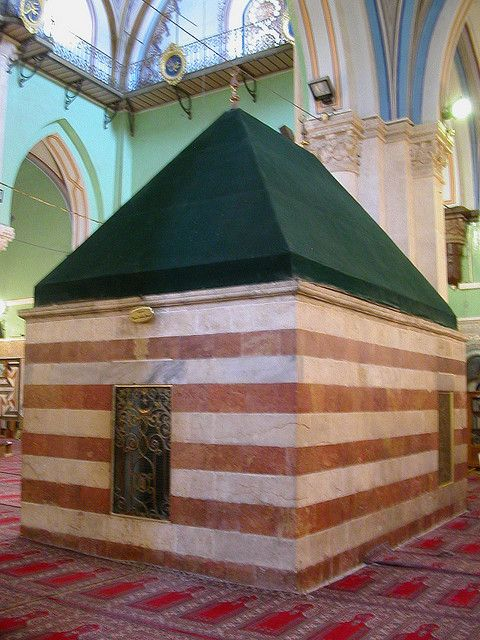 The traditional tomb of Rebecca, the wife of Isaac. Hebron - and they say there is no ancient Hebrew DNA to test from. Hmm .. I guess they just don't know what a tomb actually is.  Let's not tell them.