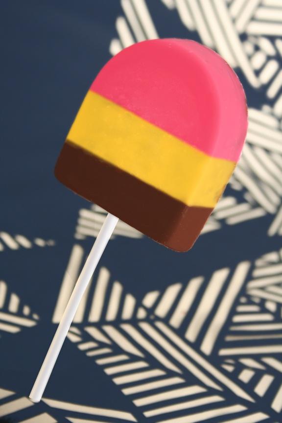 Paleta de Chocolate Napolitano - Napolitan Chocolate Pop