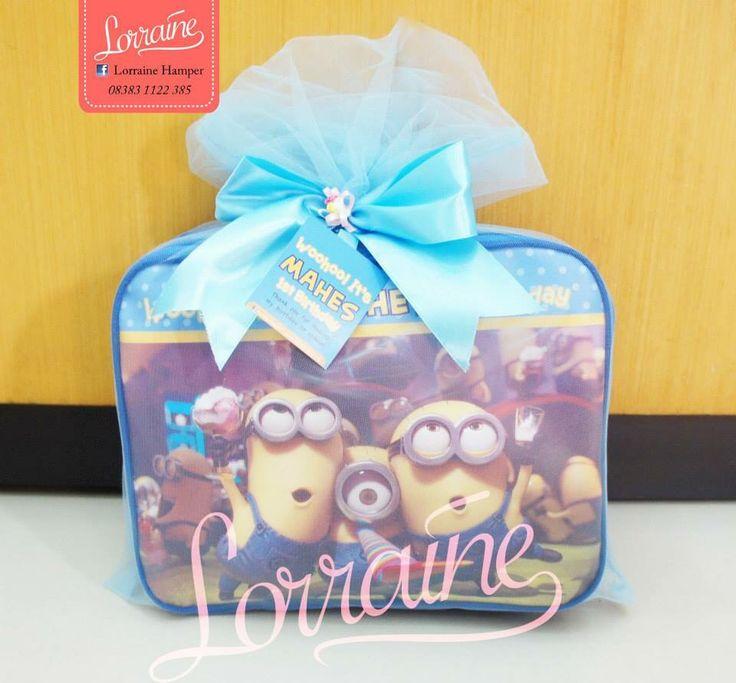 Minion bag for souvenir