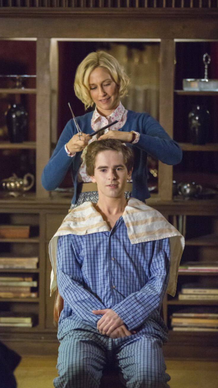 148 best bates motel images on pinterest freddie for Freddie highmore movies and tv shows