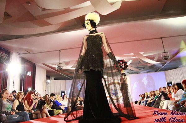 Astazi incepe Bucharest Fashion Week. Descoperiti mai jos programul evenimentului si designerii participanti #bfw #fashionweek  http://frommonawithgloss.ro/program-bucharest-fashion-week-decembrie-2013/