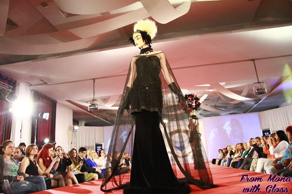 Astazi incepe Bucharest Fashion Week. Descoperiti mai jos programul evenimentului si designerii participanti #bfw #fashionweek  http://frommonawithgloss.ro/program-bucharest-fashion-week-decembrie-2013/