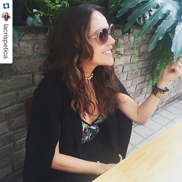 #Repost @lacrispetica with @repostapp. ・・・hermosa Cristina con su #bodycage Hoy es un día de solo inspiración Femenina.
