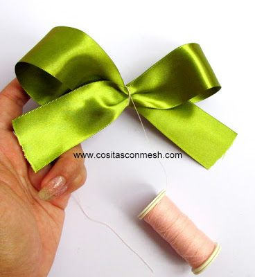 Aprende cómo hacer moños grandes y fáciles para regalos