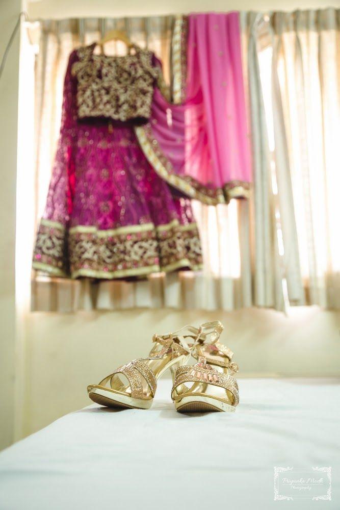 Bridal details by Stillemotional, Ahmedabad  #weddingnet #wedding #india #ahmedabadwedding #indian #indianwedding #weddingphotographer #candidphotographer #weddingdresses #mehendi #ceremony #realwedding #lehenga #lehengacholi #choli #lehengawedding #lehengasaree #saree #bridalsaree #weddingsaree #indianweddingoutfits #outfits #backdrops  #bridesmaids #prewedding #photoshoot #photoset #details #sweet #cute #gorgeous #fabulous #jewels #rings #tikka #earrings #sets #lehnga #love #inspiration