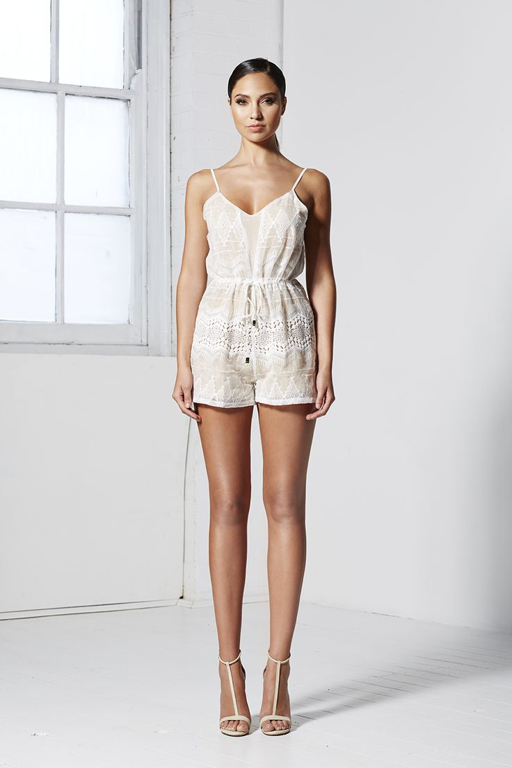 EMBROIDERY PLAYSUIT WHITE