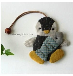 108 best kulcstartók images on Pinterest   Crafts, Pockets and DIY : key cover quilt - Adamdwight.com