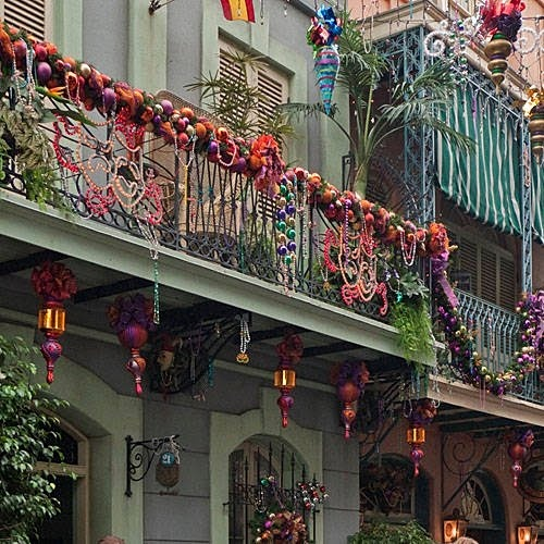 Christmas Decorations For Disneyland: Best 25+ New Orleans Christmas Ideas On Pinterest