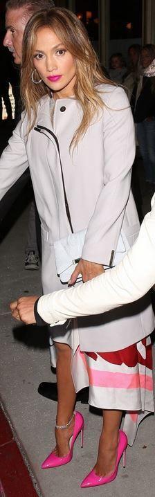 Jennifer Lopez: Dress Christian Dior  Jewelry – Norman Silverman  Shoes – Brian Atwood