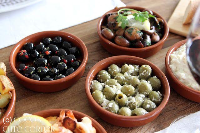 Zweierlei marinierte Oliven - Tapas Woche bei Coco's Cute Corner