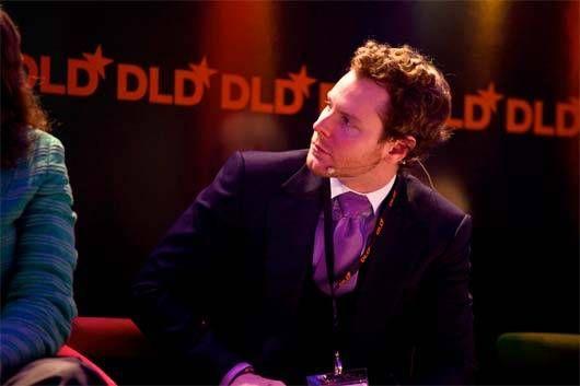 Gli Arcani Supremi (Vox clamantis in deserto - Gothian): Sean Parker - nodo Windsor - Windsor knot - 3 piece suit tie