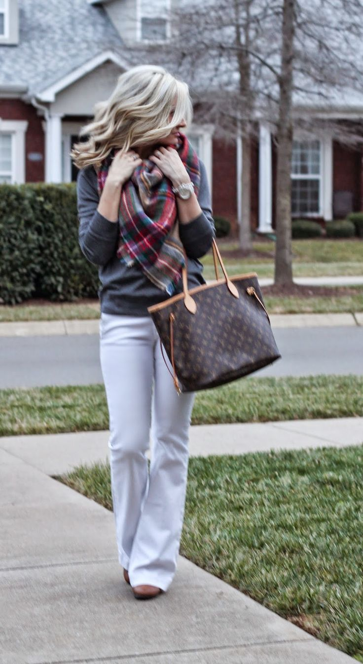 threaddiction Zara blanket tartan scarf seven for all mankind white jeans grey gap outlet sweatshirt Louis Vuitton neverfull mm