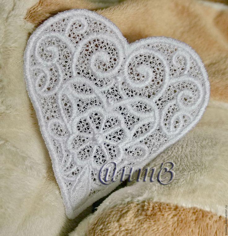 Купить вышивка, аппликация ажурная, кружевное сердце - вышивка шелковыми нитками, белый свадебный