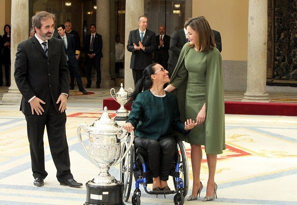 http://www.newmyroyals.com/2018/02/spanish-royals-attend-2016-national.html