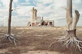 Risultati immagini per luoghi abbandonati