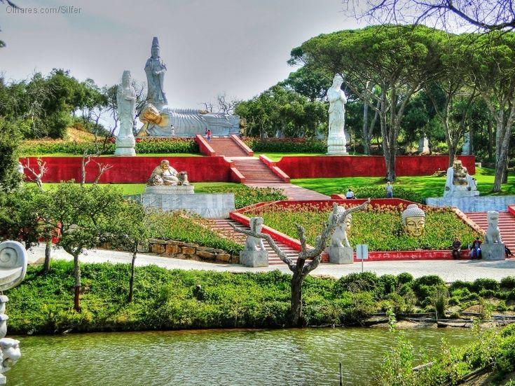 Buddha's garden, going to Quinta dos Lóridos - Bombarral
