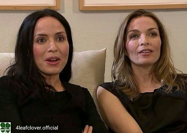 Credit to @4leafclover.official : Candies??? @andreacorrofficial @carolinecorrofficial @jim_corr @sharoncorrofficial #thecorrs #corrs  #AndreaCorr #SharonCorr #CarolineCorr #JimCorr #irish #music #band #family #whitelight #whitelighttour