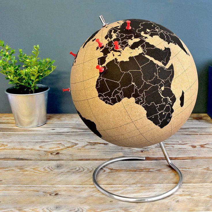 Suck UK Globus Cork Globe online kaufen ➜ Bestellen Sie Globus Cork Globe für nur 59,95€ im design3000.de Online Shop - versandkostenfreie Lieferung ab €!