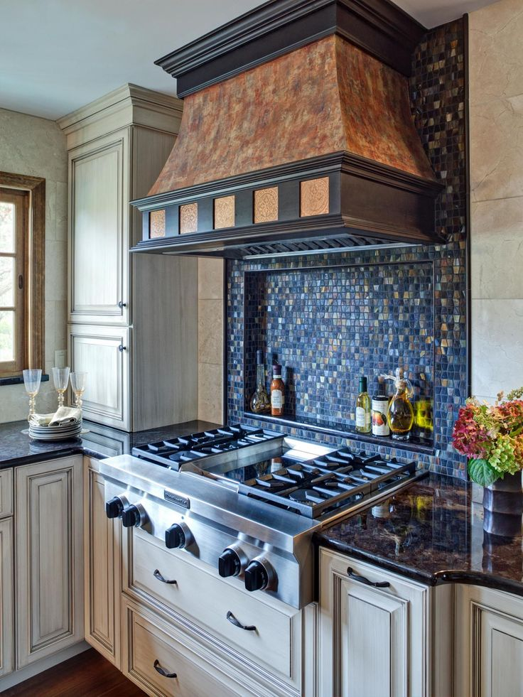 Ceramic Tile Backsplashes Pictures Ideas Tips From Copper Stove And Wings