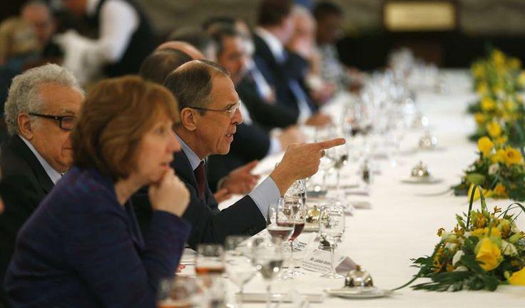 """""""No tenemos el éxito garantizado al cien por cien, pero sí creo que hay una oportunidad real para la paz"""", Serguei Lavrov. (Foto: EFE)"""