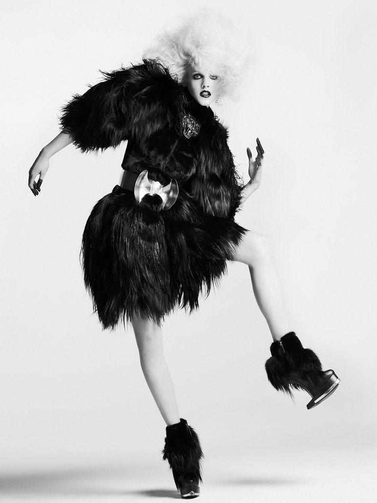 Beastly Black | Ginta Lapina | Nino Muñoz #photography | Numéro Tokyo 61 November 2012