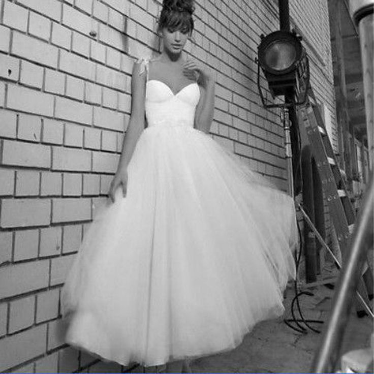 23 best Wedding Dresses images on Pinterest | Wedding frocks ...