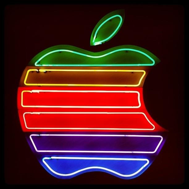 vintage neon sign... - @Tatiana Bowe Bowe Korf Musiawan #webstagram