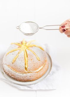 Sneeuwster - cream bun cake