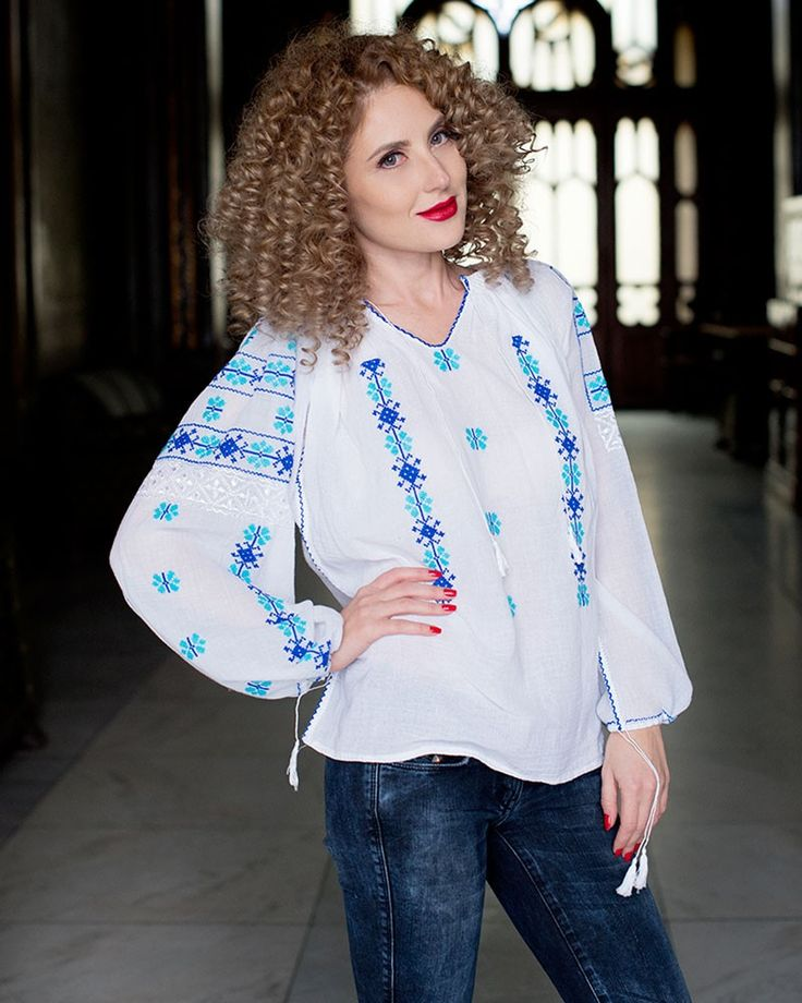 IE TRADITIONALA ROMANEASCA - Motivul Flori Albastre