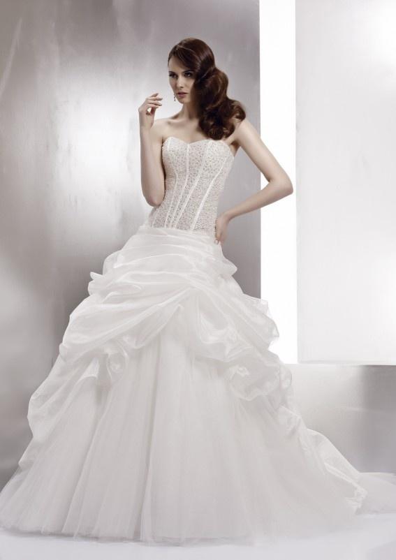 Collezione abiti da sposa #MissDefne, abito da #sposa modello MDAB13046IV