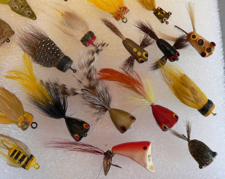 LARGE GROUP ASSORTED FLY ROD LURES F/S