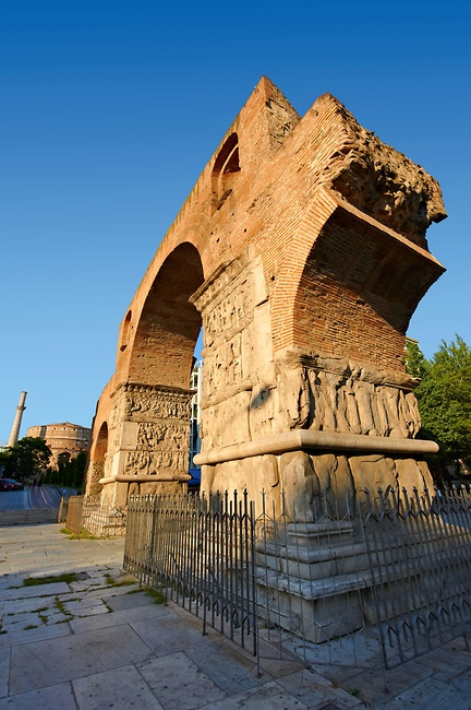 TRAVEL'IN GREECE | The 4th-century Arch of Roman Tetrach Emperor Galerius, clebrating his victory of the Sassanid Persians, Thessaloniki, Greece.