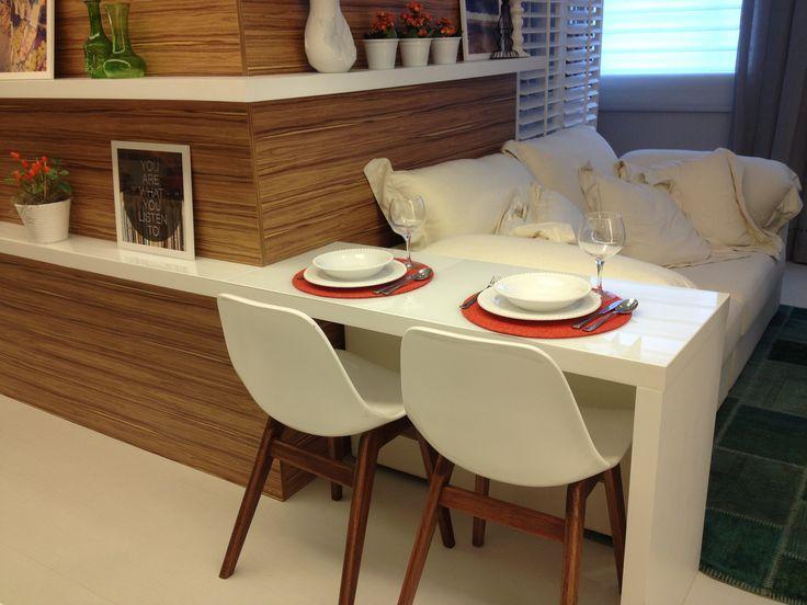 Sala de estar e jantar integradas em apartamento pequeno - Morar Mais Por Menos 2013