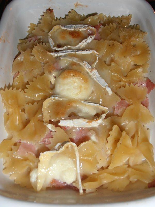 Gratin de pâtes au chèvre et bacon ww