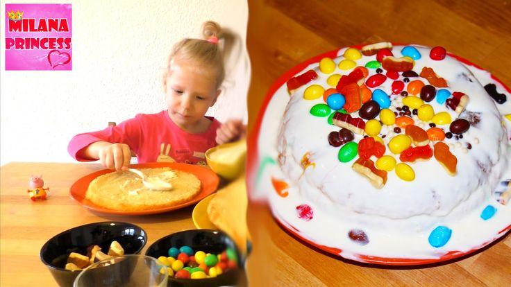 Делаем сливочный торт из сладостей дома / Making cream cake sweet candy ...