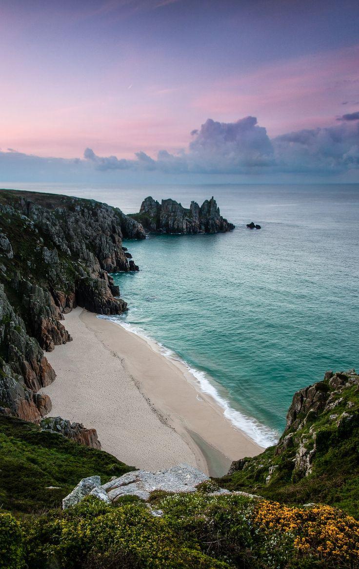 Logan rock - Cornwall,