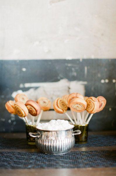 Cinnamon Rolls on a Stick ;): Desserts, Ideas, Sweet, Cinnamon Rolls, Food, Pop, Bridal Shower