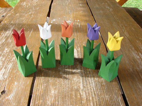 Set of 5 Swedish Vintage hand carved wooden tulips / Spring Home Garden decor / Wooden flowers / Handmade wood tulips / old garden decor | shopswell