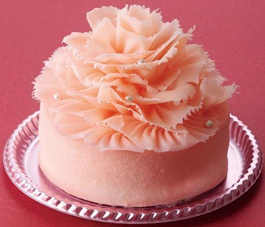 【2013】カーネーションが美しい母の日ケーキ、大阪新阪急ホテルで販売