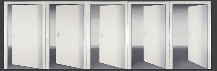 A new exhibition about Gerhard Richter's early works has been opened in the Kunstmuseum Bonn two weeks ago. It will be shown there until the beginning of October before travelling to the S.M.A.K in Ghent and the Museum Wiesbaden subsequently.