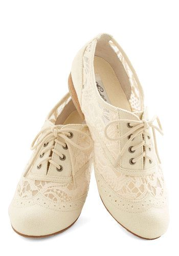 With these ivory Oxford shoes hugging your feet, you spread out the picnic blanket, and start to unpack the cakes, cookies, and sandwiches you brought for today's picnic. The warm breeze drifts through the sheer lace sides of your canvas flats, tickling your toes and bringing a smile to your face. When your pals arrive at the picturesque spot, your A-line frock and pastel cardi will have them feeling equally delighted!