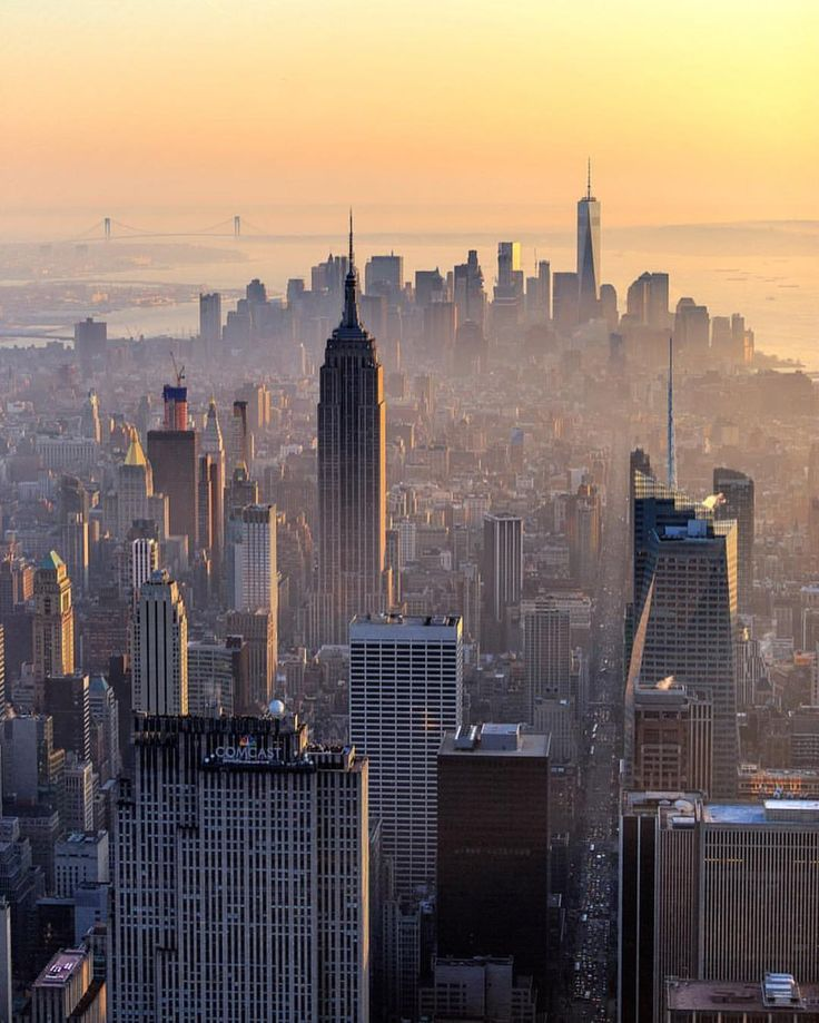 Manhattan by @meetfrancois #newyorkcityfeelings #nyc #newyork