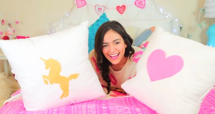 Diy Room Decorations For Valentine S Day More By Bethany Mota Love Kayla Diys Pinterest Decoration And