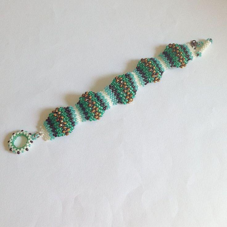 Bracciale Onde verde bronzo turchese oro e panna : Braccialetti di lapietrabludiavalon