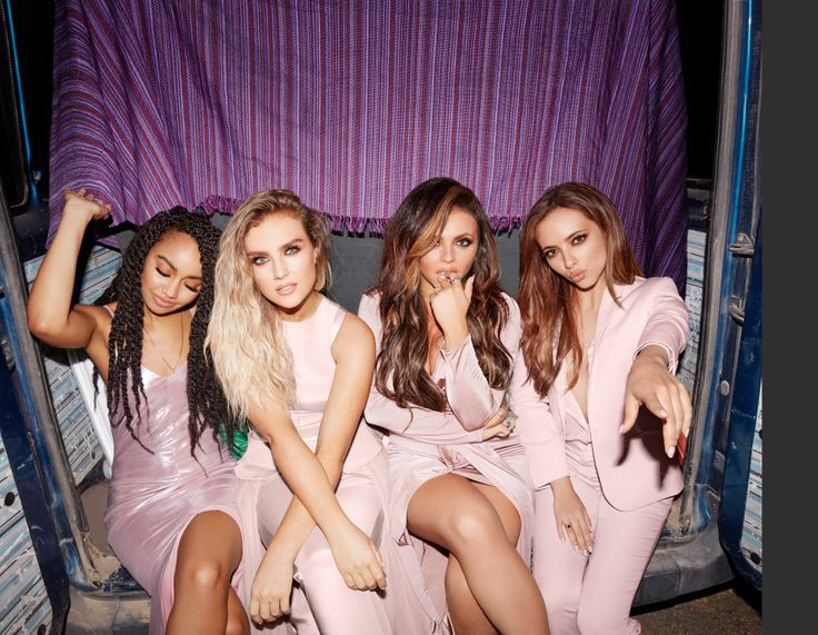 Photoshoot for #ShoutOutToMyEx.