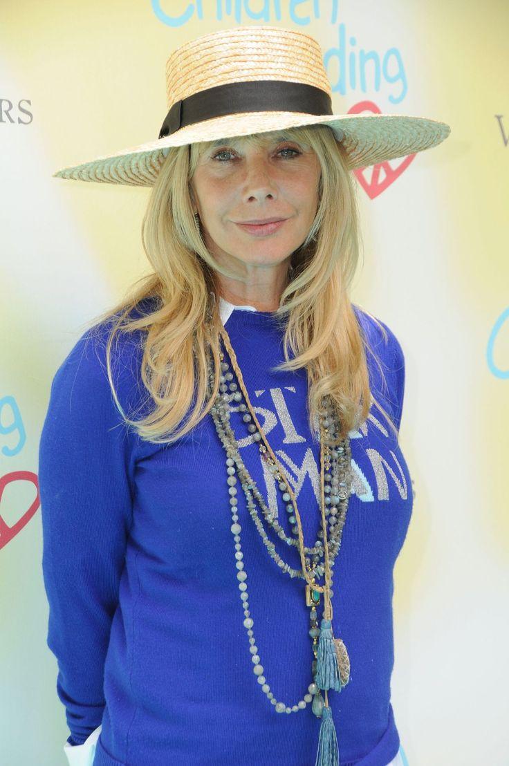#LosAngeles Rosanna Arquette – Children Mending Hearts Empathy Rocks in Los Angeles 06/11/2017 | Celebrity Uncensored! Read more: http://celxxx.com/2017/06/rosanna-arquette-children-mending-hearts-empathy-rocks-in-los-angeles-06112017/