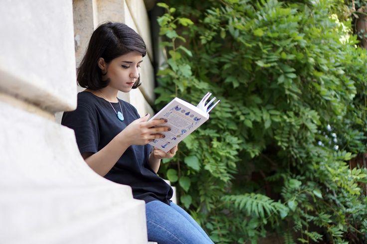 #book #reader #carturesti #bookstore #verona #garden #hygge #librarian