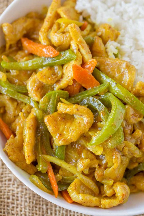 Easy Curry Chicken just like your favorite Chinese takeout restaurant with curry sauce, bell peppers, carrots and onions. Start to finish in less than 30 minutes, faster than delivery! Chinese Takeout Curry Chicken We have an argument in our house when it comes to takeout. I'm firmly in the Mongolian Beef camp while my husband is all …